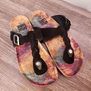 New Muk Luks Marsha Tie Dye Braided Thong Sandal 7